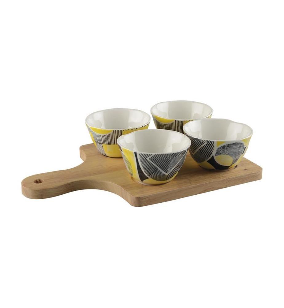 Set aus 4 Schalen + Holzbrett - Mehrfarbig